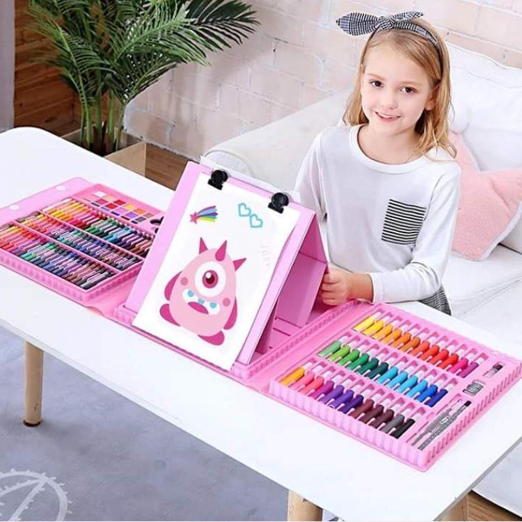 208 pcs colouring box Image, ကလေးပစ္စည်းများ classified, Myanmar marketplace, Myanmarkt