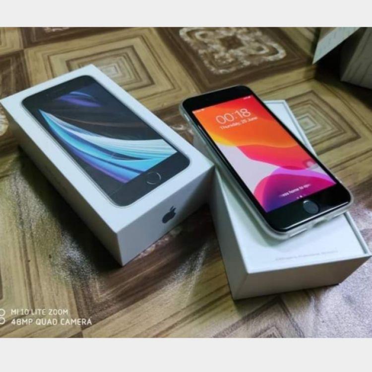 XR + iwatch 42MM Series Image, မိုဘိုင်းဖုန်းများ classified, Myanmar marketplace, Myanmarkt