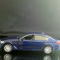 BMW M550i Image