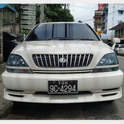 Toyota Harrier 1999 Image