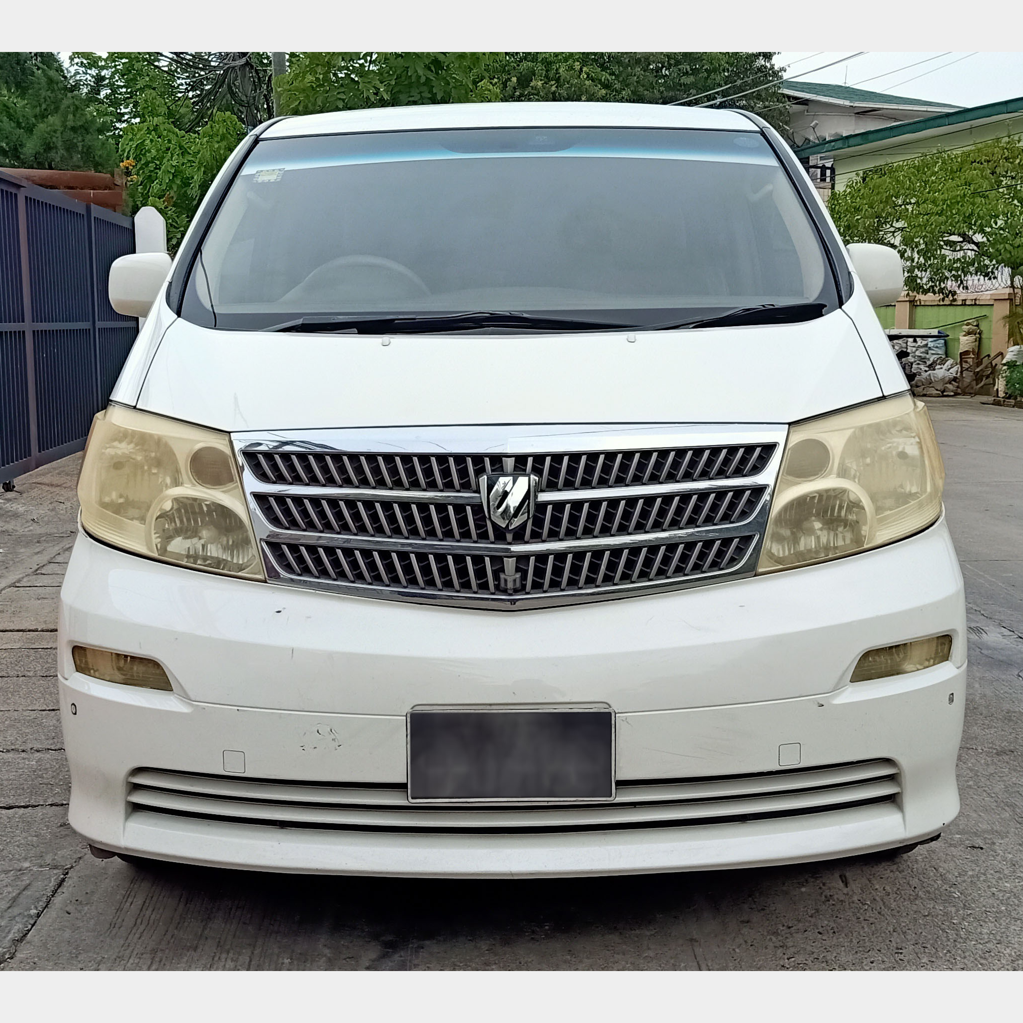 Toyota Alphard 2002  Image, ဗန် classified, Myanmar marketplace, Myanmarkt