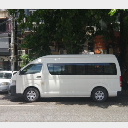 Toyota HiAce 2016  Image, classified, Myanmar marketplace, Myanmarkt
