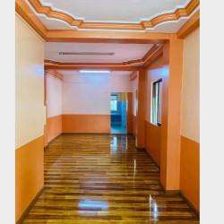 စျေးနှုန်းတန်၊အခန်းသစ်၊ အခန်းသန့်သန့်လေးရောင်းမည်။ Image