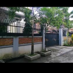 လုံးချင်းအိမ်_ထောင့်ခြံ အထူးဈေးနှုန်းဖြင့် အမြန်ရောင်းမည်။ Image, classified, Myanmar marketplace, Myanmarkt