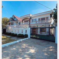 လုံးချင်းအိမ်အသစ်လှလှလေးရောင်းမည် ။ Image, classified, Myanmar marketplace, Myanmarkt