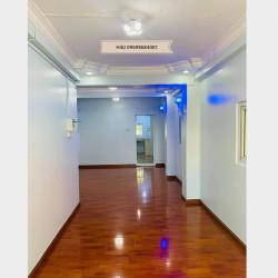 အခန်းသစ်၊ အခန်းသန့်ရောင်းခန်း Image