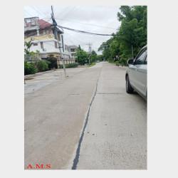 ပေါ်ဆန်းမွှေလမ်းမနီးလုံးချင်းအိမ်အရ Image
