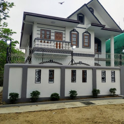 ေထာင့္ကြက္အိမ္သစ္အေရာင္း Image, classified, Myanmar marketplace, Myanmarkt